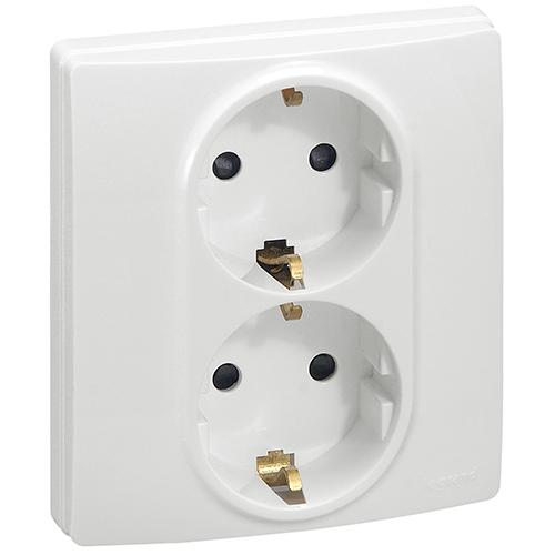 Розетка двойная электрическая 672223 Legrand Etika белый – купить со ... bf26815ab99