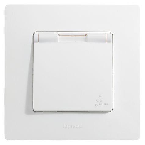 Розетка электрическая с крышкой и влагозащитой IP44 Легранд – «Этика», цвет  «белый f5895b64e8d